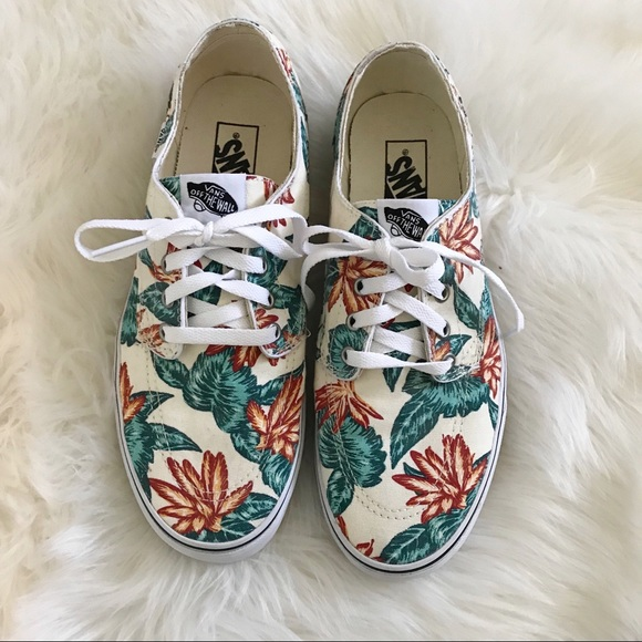 efd318821e0ad3 VANS tropical floral print shoe! Men 9 Women 10.5.  M 5ae0b9786bf5a61098bdf541. Other Shoes ...